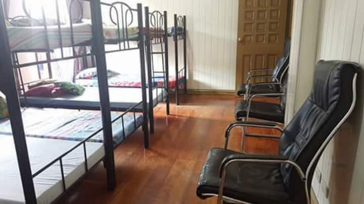 ROOM FOR RENT/ BEDSPACE FOR GROUPS OR SOLO