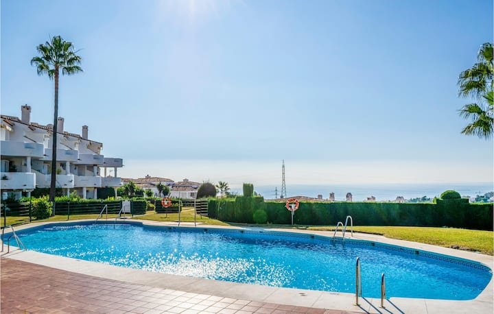 Holiday apartment with 2 bedrooms on 70m² in Calahonda