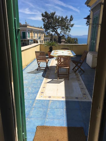 Apartment in a Liberty Villa - Naples - Gîte nature