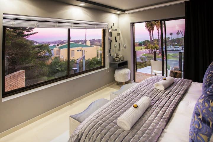 Central Modern Sea View Suite with secret garden