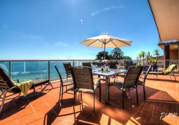 Beachfront Penthouse Cowes