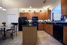 Kitchen 1200.jpg