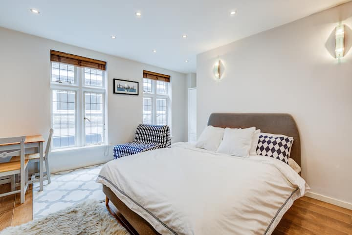 Luxury Studio in Mayfair (5 Mins to Piccadilly)