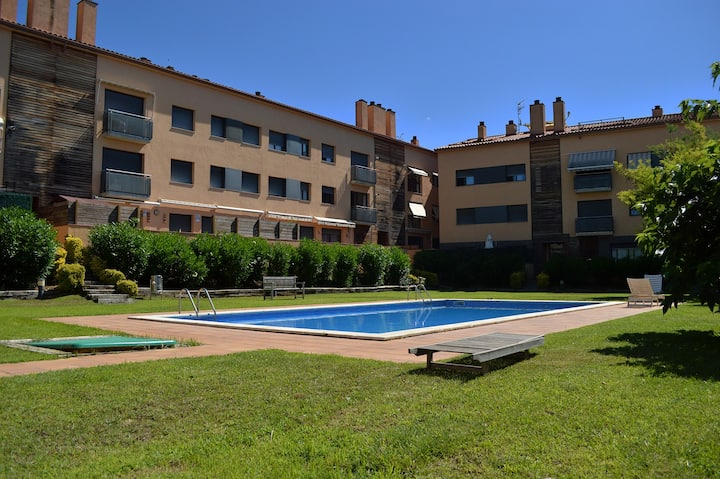 Apartment for 6 people with pool Calonge