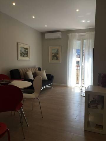 Cozy, Bright and Centric Apartment in Barcelona - Barcelona - Departamento