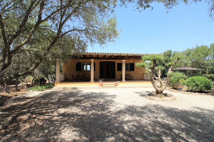 CAN JON - finca for 3 with total privacy in Llubi