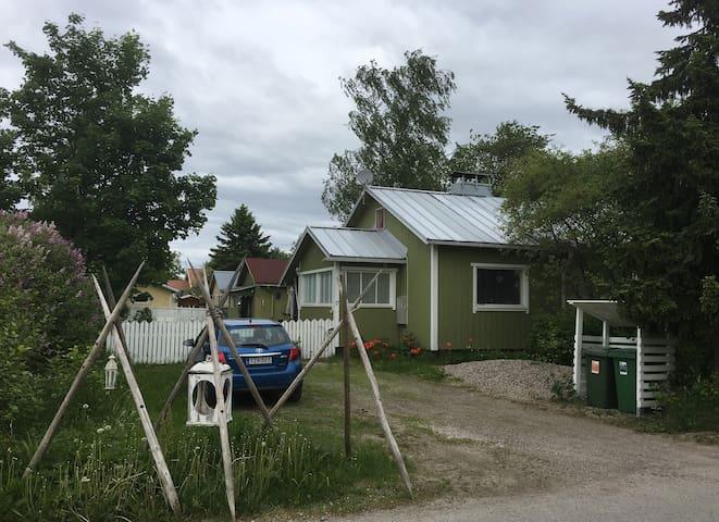 60 m2  very small house near Lahti centre - Lahti - Hus