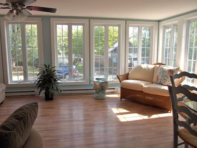 Adorable garage apartment in the heart of Rehoboth