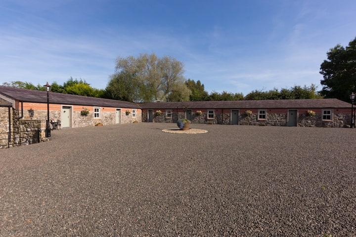 Millbrae Lodge room 2