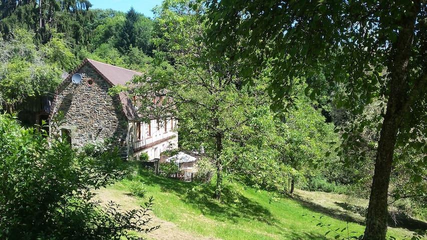 Les Hirondelles - a gem in an emerald landscape