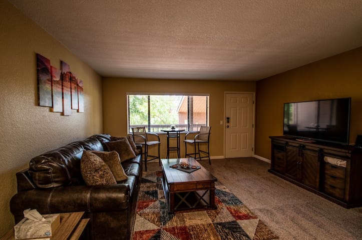 Tranquil Sedona Condo | Trails |Seasonal Pool|Golf