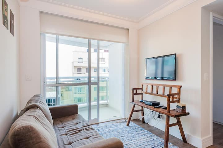 CD806 New trendy flat in iconic downtown address