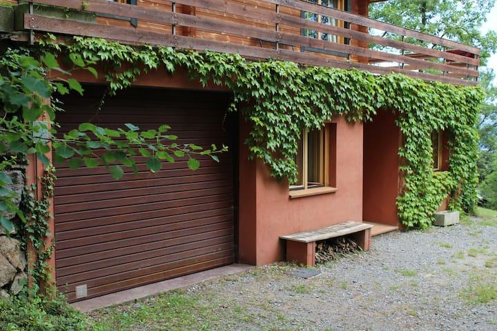 Coqueto apartamento con jardín privado - Camprodon - Apartment