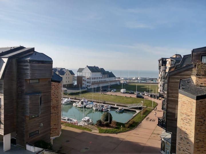 Studio dans la Marina de Deauville - vue Mer