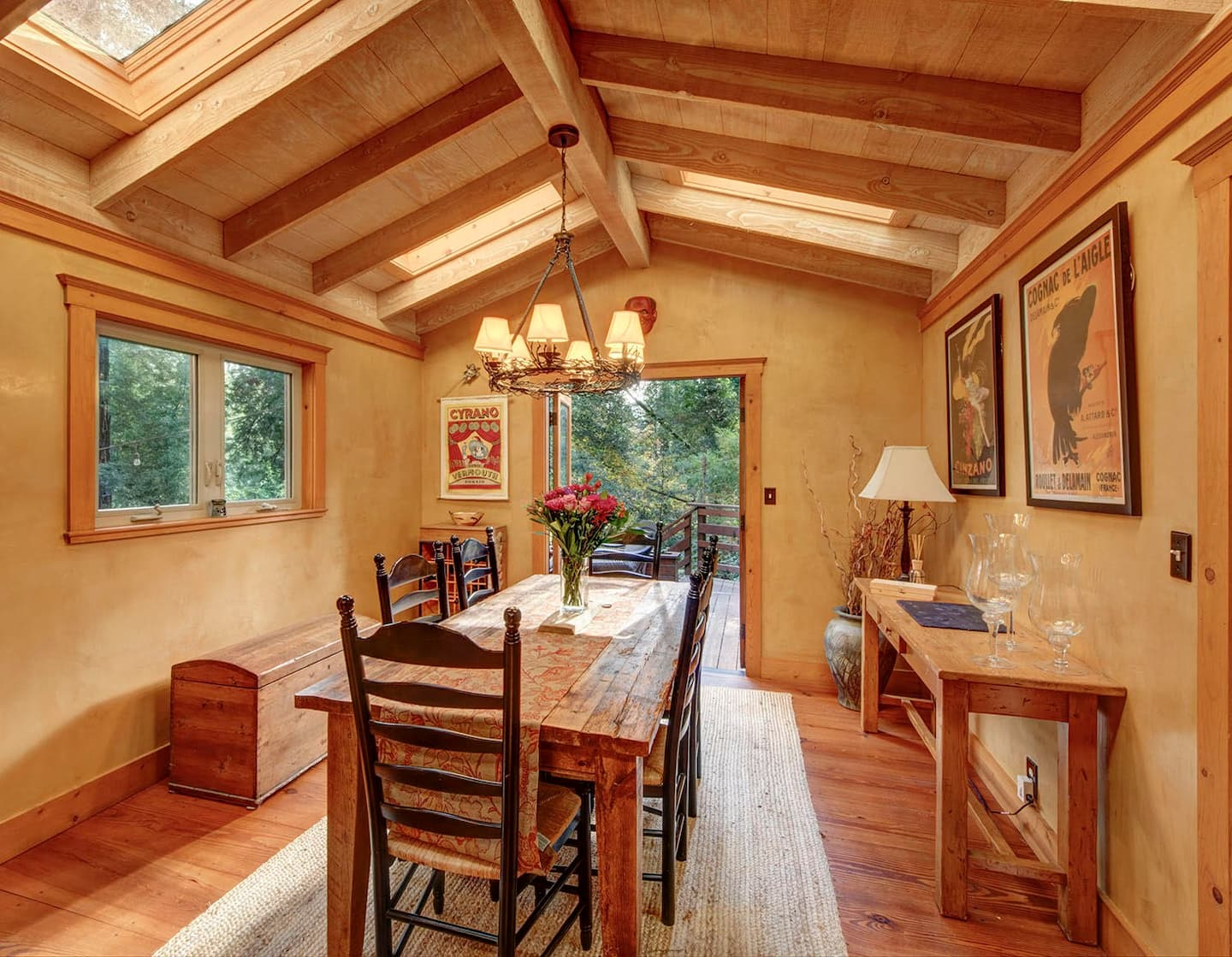 Wow! We found the Best California treehouse vacation Rentals. Save time searching!