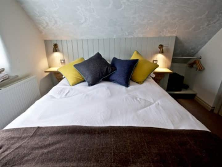 Single room at Woodstock Arms