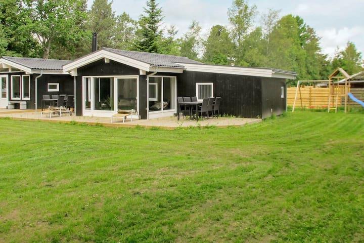 Luxe, vrijstaand vakantiehuis in Hals nabij natuurgebied