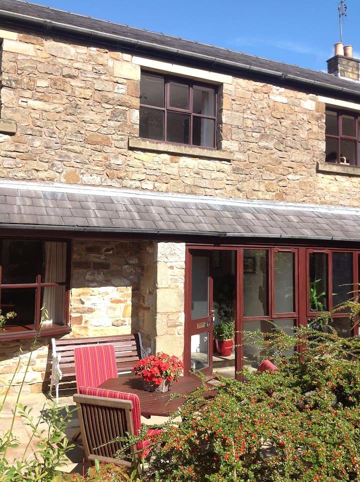 Charming Rural Cottage