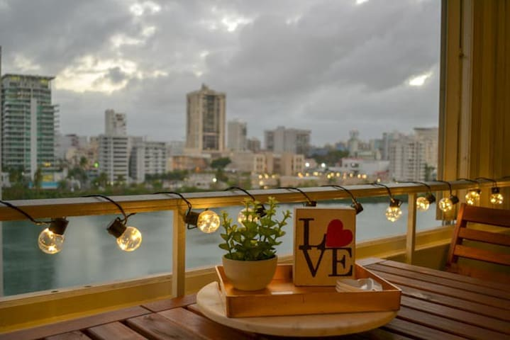 NEW!!  LAGUNAMAR @ RITZ: In the heart of Condado