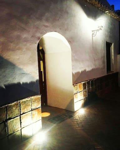 AMAZING CAVE HOUSE
