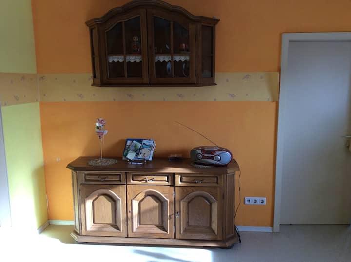 Idyllisches Zimmer für 25€ pro P. Ohne Frühstück