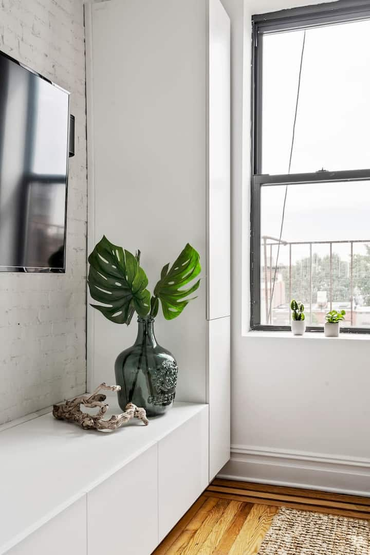 Fresh & Airy Private Greenpoint Bedroom