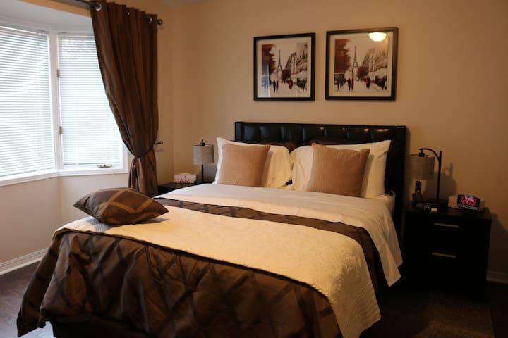 Newton Villa - Daisy Room