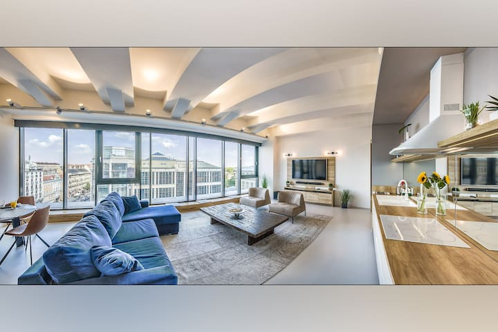 Deluxe Loft with Panorama City view