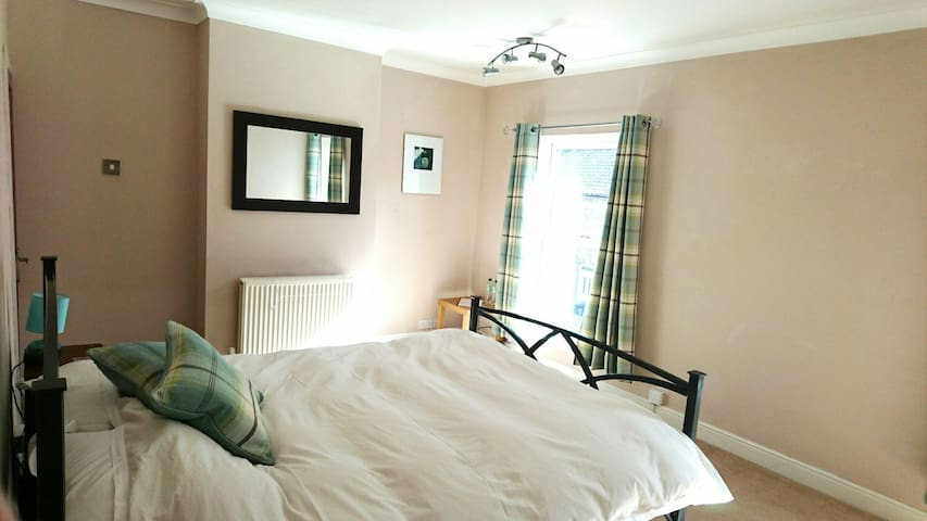Sunny Large Double Room - Norwich - Rumah