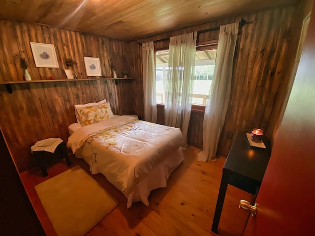 single bed room 5