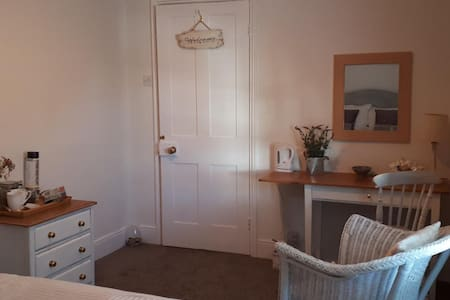 Delightful Double Room in the heart of Rottingdean