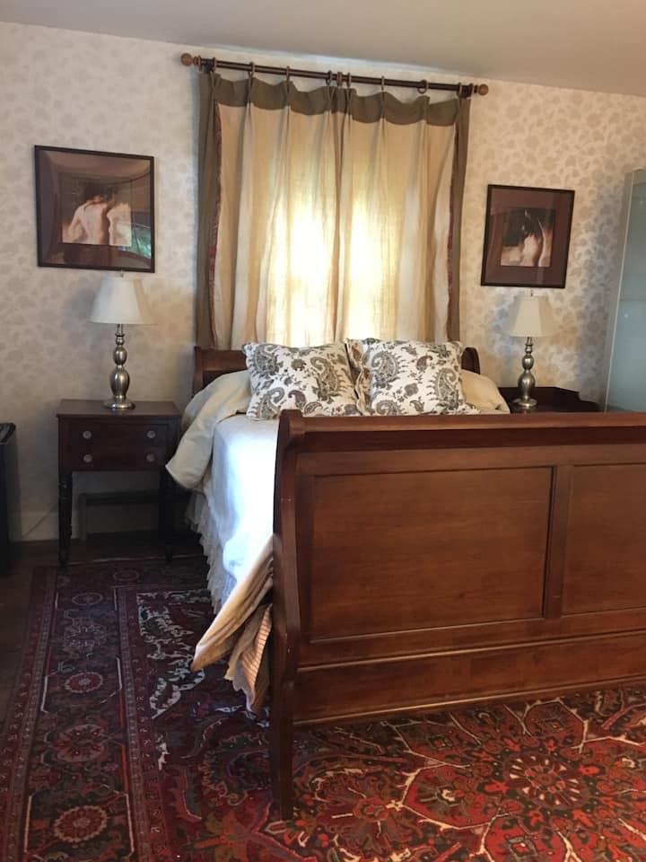 Creekside House:   Private Suite & Entrance