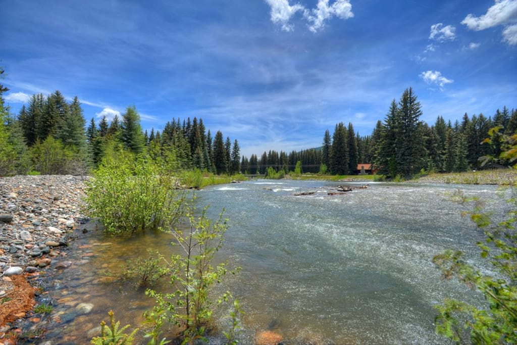 Vallecito Creek Cabin vacation rental Durango Bayfield Colorado riverfront