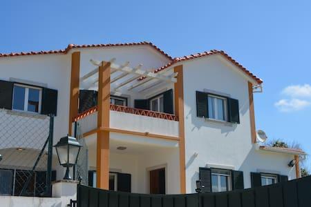 A-dos-ruivos, Bombarral - House