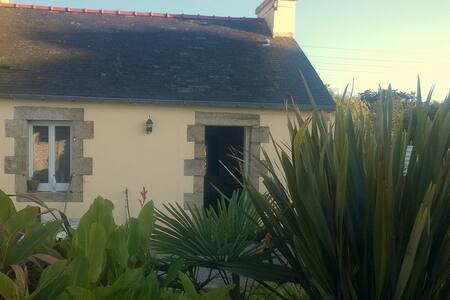 jolie petite maison a lannilis - Lannilis - Apartment