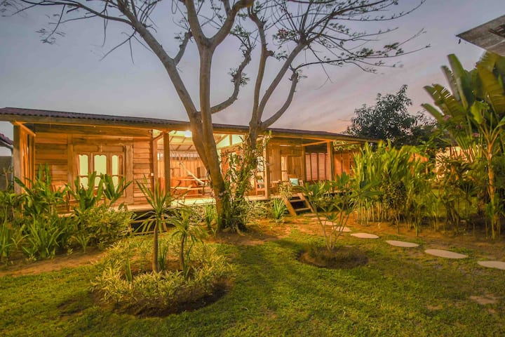 Koko wood bungalow kedungu
