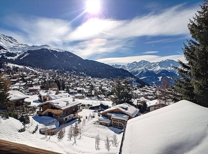 Swiss Chalet with amazing views in great location