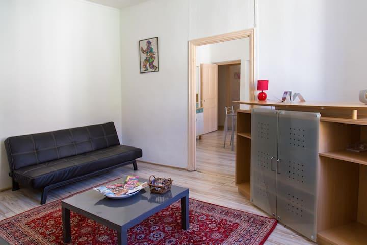 Partage: Appartement F5, spacieux et tout équipé