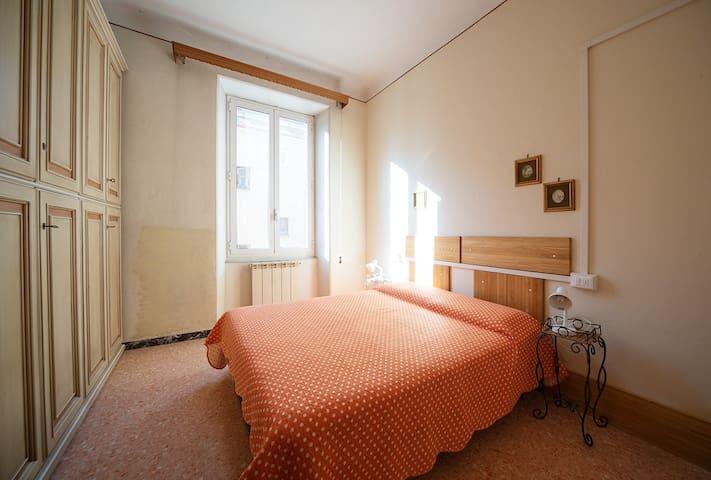 Apartment close to La Spezia train station.