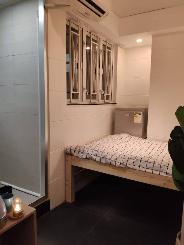Double Room for 1-2pax at the hotspot of MK
