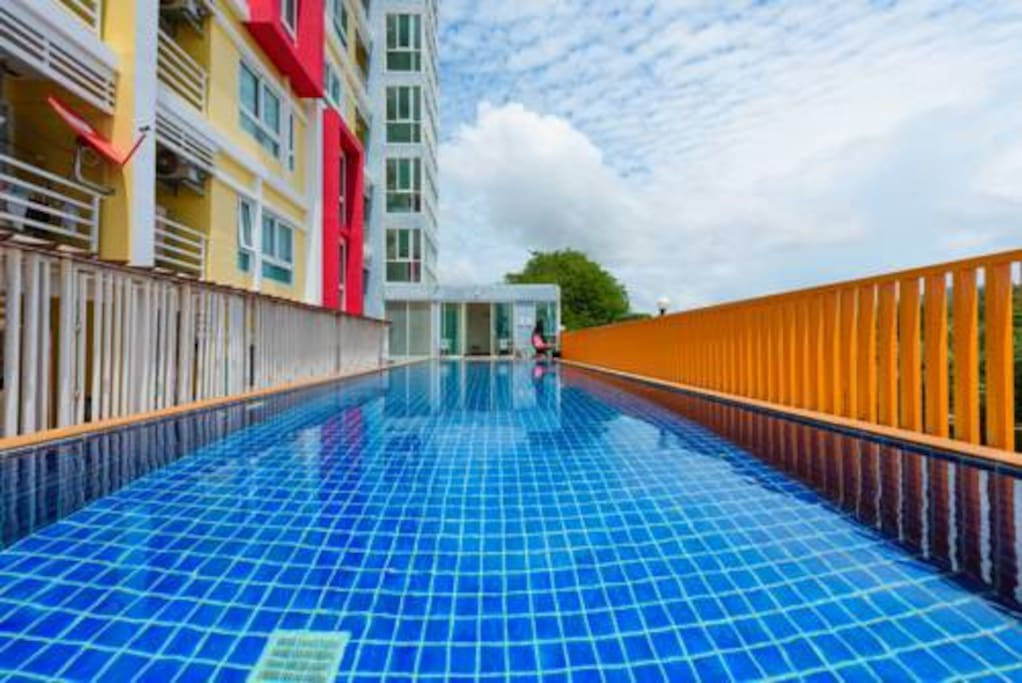 Calming swimming pool Open 8am to 8pm