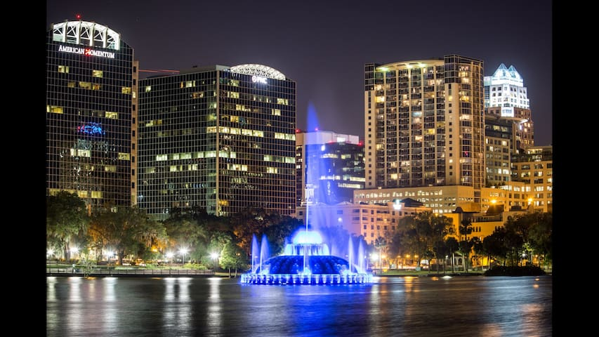 Amazing Downtown Orlando High rise!!