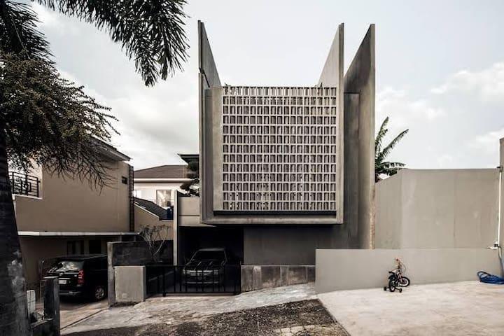 """Minimax House """"homestay in lembang"""""""
