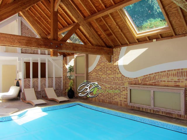 Green Home Fontenay - Indoor pool/Jacuzzy - Golfs