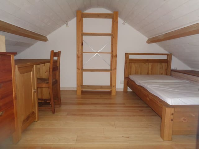 (-10% si > 8 mois) Chambre vigie, sauna - Igny - Dům