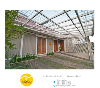 Bumi Sajoly - A Home Away From Home - Bandung - House