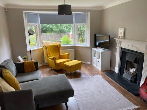 Family Friendly, Modern 3 bedroom house