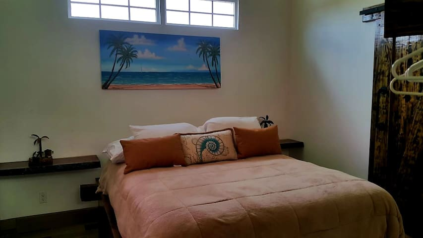 Island vibe bedroom with Air Condition