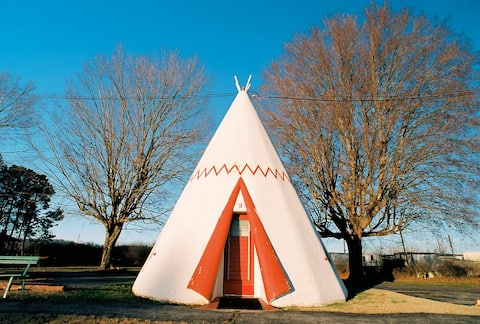 Historic Wigwam Village - Single Tipi Sleeps 2