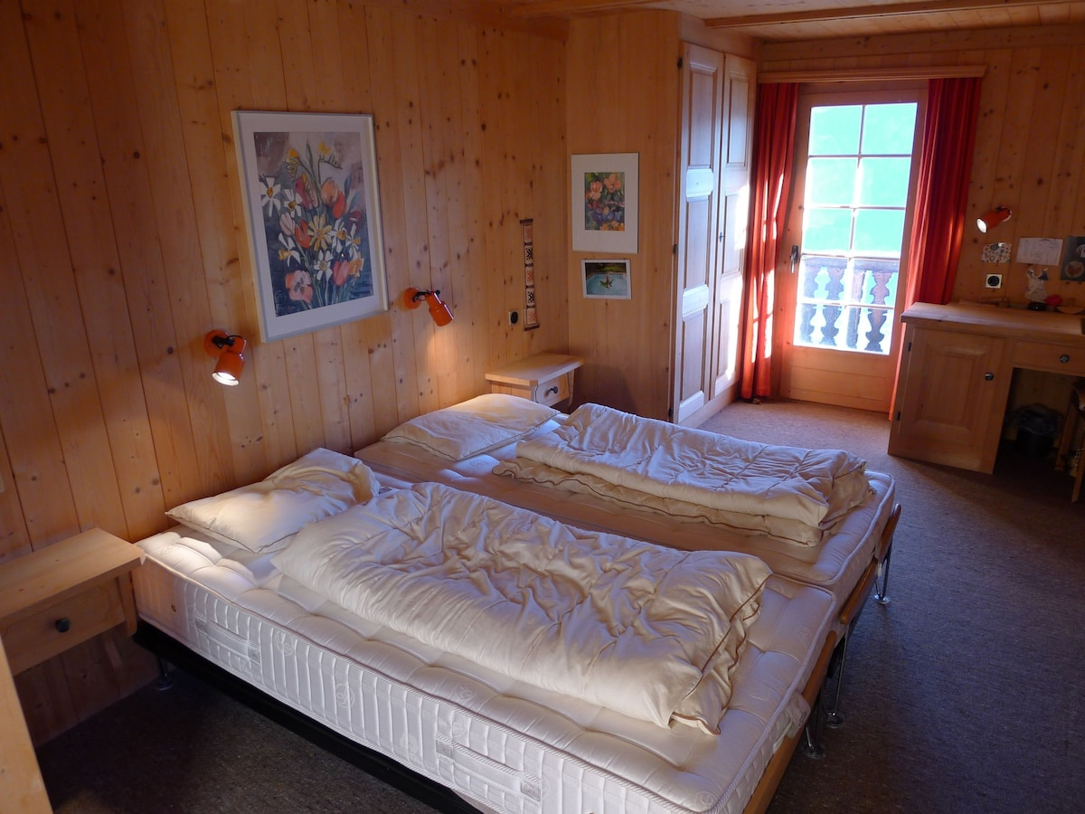 Laax 2017: The Top 20 Chalets For Rent In Laax   Airbnb, Grisons,  Switzerland